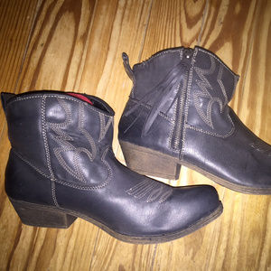 Grey Ankle Cowboy Boots Womens Size 11